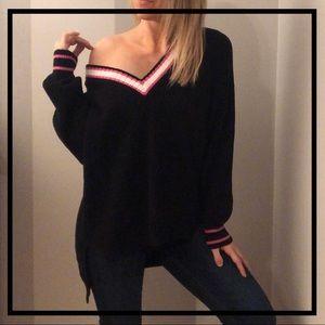 EXPRESS Pretty Black + Pink Warm Knit Sweater